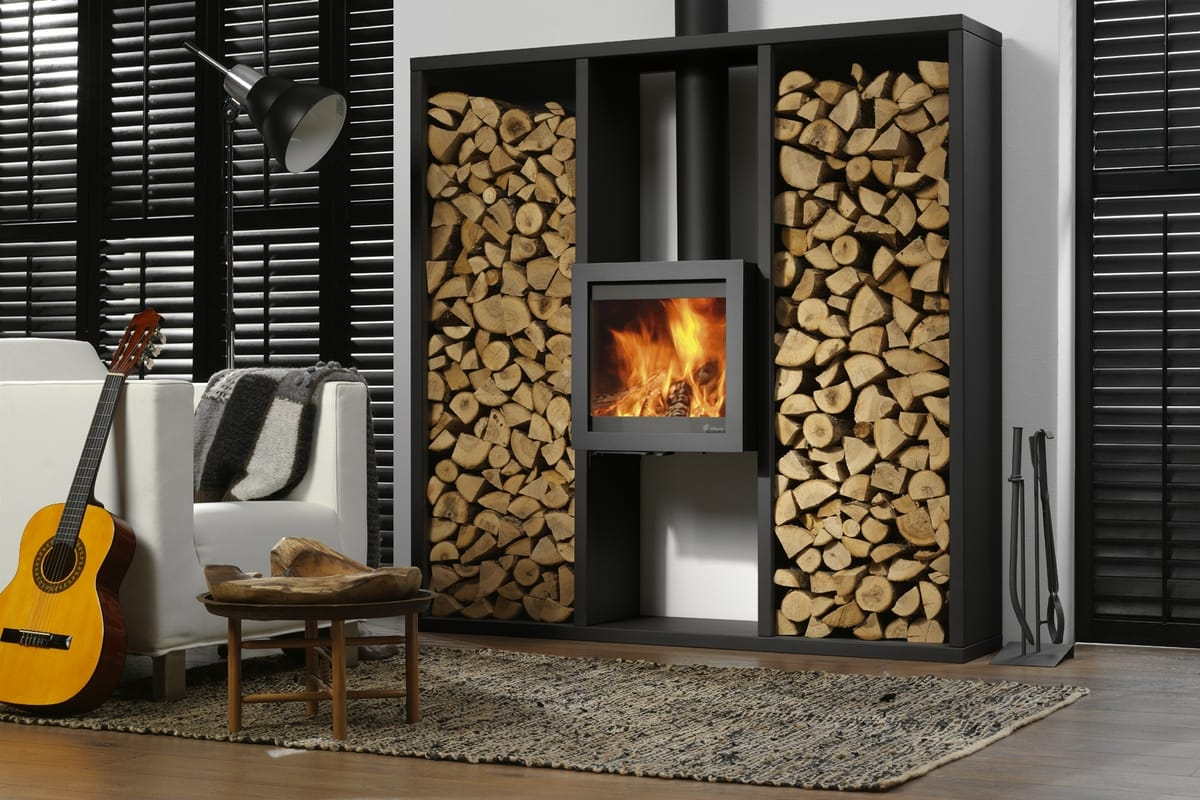 Stylish Ways To Display Your Winter Fire Wood Indoors