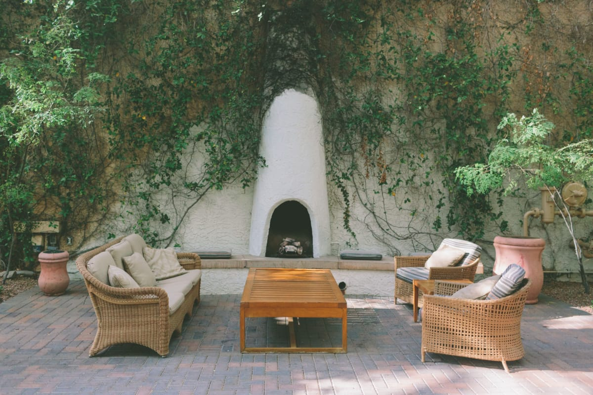 Ideas And Tips For Installing A Fireplace In Your Garden