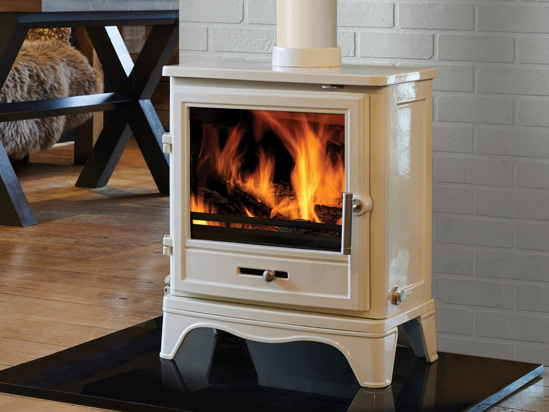 Bassington Skirted Enamel Eco 2022 Stove